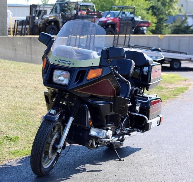 $1,987, 1984 Kawasaki Voyager 1300