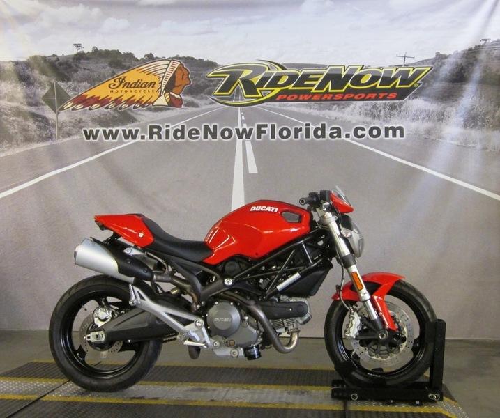 $6,999, 2014 Ducati Monster 696