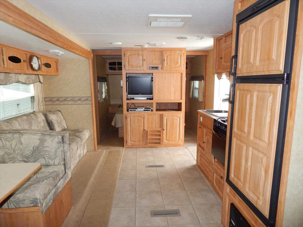 2007 starcraft homestead lite 282bhs two bedroom double for Kitchen cabinets 08094