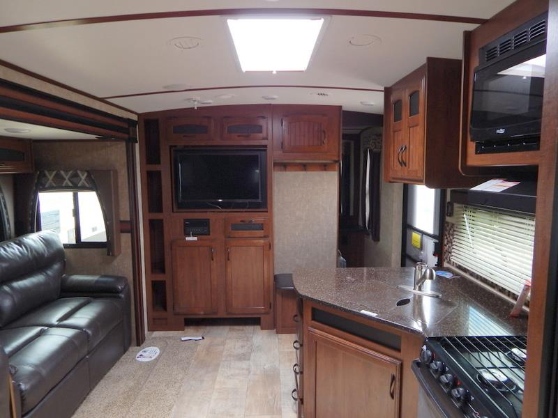2016 jayco white hawk 32dsbh two bedroom double slideout for Kitchen cabinets 08094